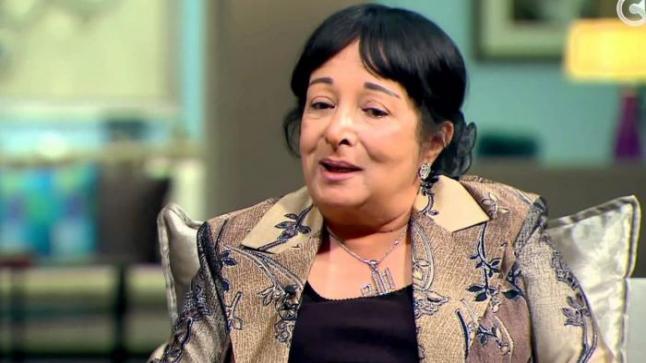 سميرة عبدالعزيز: المراسل المثير للجدل فُصل من عمله
